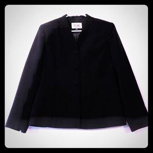 Le Suit Black Blazer, 8P.  A28